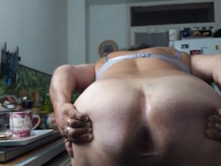 Lope obèse et impuissante cherche sperme dans le cul